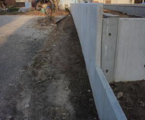 岐阜県海津市 L型擁壁コンクリート設置工事中6